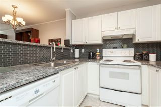 "Photo 9: 301 20245 53 Avenue in Langley: Langley City Condo for sale in ""Metro One"" : MLS®# R2391597"