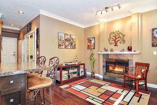 "Photo 8: 75 20881 87 Avenue in Langley: Walnut Grove Townhouse for sale in ""Kew Gardens"" : MLS®# R2395685"