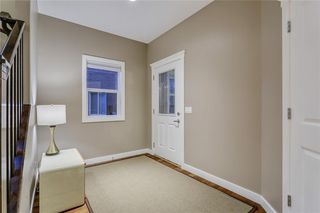 Photo 4: 140 VALLEY POINTE Place NW in Calgary: Valley Ridge Detached for sale : MLS®# C4271649
