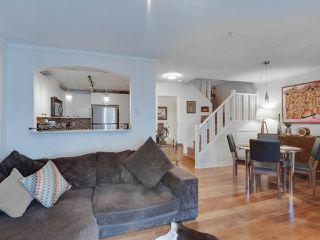 "Photo 8: 5 1027 LYNN VALLEY Road in North Vancouver: Lynn Valley Townhouse for sale in ""RIVER ROCK"" : MLS®# R2441169"