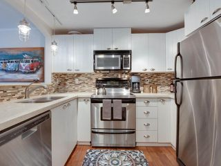 """Photo 3: 5 1027 LYNN VALLEY Road in North Vancouver: Lynn Valley Townhouse for sale in """"RIVER ROCK"""" : MLS®# R2441169"""