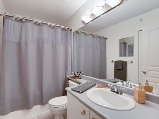 """Photo 13: 5 1027 LYNN VALLEY Road in North Vancouver: Lynn Valley Townhouse for sale in """"RIVER ROCK"""" : MLS®# R2441169"""