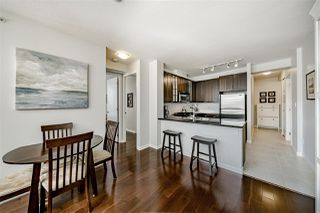"Photo 7: 303 170 W 1ST Street in North Vancouver: Lower Lonsdale Condo for sale in ""ONE PARK LANE"" : MLS®# R2448628"