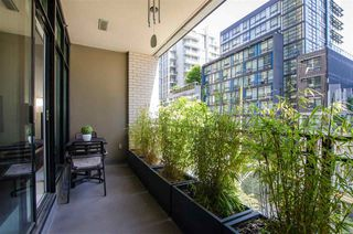 """Photo 24: 304 1252 HORNBY Street in Vancouver: Downtown VW Condo for sale in """"PURE"""" (Vancouver West)  : MLS®# R2456656"""