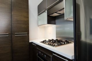 """Photo 18: 304 1252 HORNBY Street in Vancouver: Downtown VW Condo for sale in """"PURE"""" (Vancouver West)  : MLS®# R2456656"""