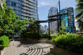 """Photo 31: 304 1252 HORNBY Street in Vancouver: Downtown VW Condo for sale in """"PURE"""" (Vancouver West)  : MLS®# R2456656"""