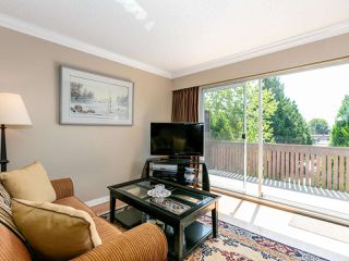"Photo 5: 301 910 FIFTH Avenue in New Westminster: Uptown NW Condo for sale in ""Grosvenor Court"" : MLS®# R2478805"