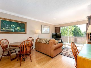 "Photo 3: 301 910 FIFTH Avenue in New Westminster: Uptown NW Condo for sale in ""Grosvenor Court"" : MLS®# R2478805"