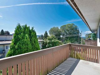 "Photo 18: 301 910 FIFTH Avenue in New Westminster: Uptown NW Condo for sale in ""Grosvenor Court"" : MLS®# R2478805"