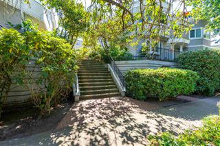 """Photo 1: 15 1182 W 7TH Avenue in Vancouver: Fairview VW Condo for sale in """"The San Franciscan"""" (Vancouver West)  : MLS®# R2483795"""