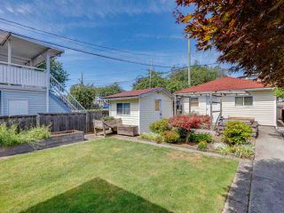 Photo 19: 531 E 59TH Avenue in Vancouver: South Vancouver House for sale (Vancouver East)  : MLS®# R2485413