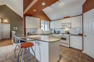 Photo 9: 33 5616 14 Avenue SW in Calgary: Christie Park Row/Townhouse for sale : MLS®# A1029523