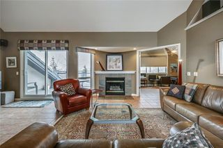 Photo 4: 33 5616 14 Avenue SW in Calgary: Christie Park Row/Townhouse for sale : MLS®# A1029523