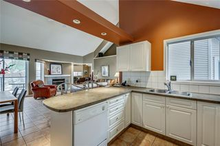 Photo 12: 33 5616 14 Avenue SW in Calgary: Christie Park Row/Townhouse for sale : MLS®# A1029523