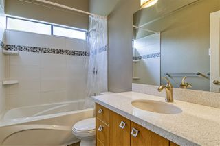 "Photo 15: 2112 PANORAMA Drive in North Vancouver: Deep Cove Townhouse for sale in ""COVE GARDENS"" : MLS®# R2495254"