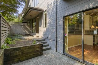 "Photo 20: 2112 PANORAMA Drive in North Vancouver: Deep Cove Townhouse for sale in ""COVE GARDENS"" : MLS®# R2495254"