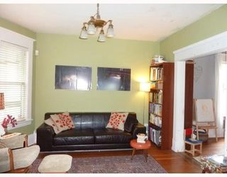 Photo 3: 4531 SOPHIA ST in Vancouver: House for sale : MLS®# V812124