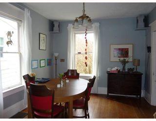 Photo 4: 4531 SOPHIA ST in Vancouver: House for sale : MLS®# V812124