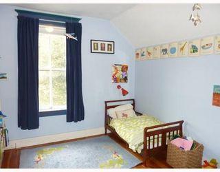 Photo 9: 4531 SOPHIA ST in Vancouver: House for sale : MLS®# V812124