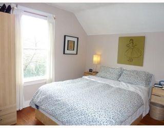 Photo 8: 4531 SOPHIA ST in Vancouver: House for sale : MLS®# V812124