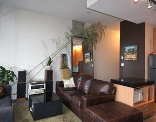Photo 3: # 301 2635 PRINCE EDWARD ST in Vancouver: Condo for sale : MLS®# V806575