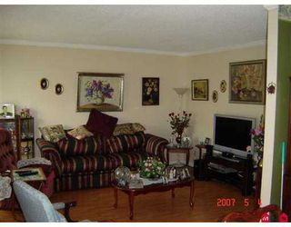 "Photo 3: 13 3500 ELMWOOD Drive in Abbotsford: Central Abbotsford Townhouse for sale in ""Sequestra Estates"" : MLS®# F2711748"