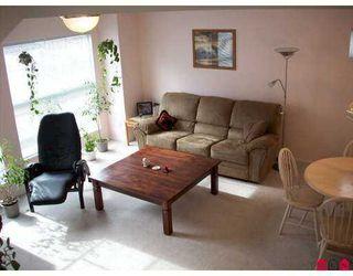 "Photo 2: 501 9118 149TH Street in Surrey: Bear Creek Green Timbers Townhouse for sale in ""Wildwood Glen"" : MLS®# F2722746"