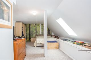 """Photo 13: 3182 MOUNTAIN Highway in North Vancouver: Lynn Valley Townhouse for sale in """"LYNN VALLEY TERRACE"""" : MLS®# R2387985"""