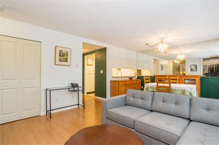 """Photo 2: 3182 MOUNTAIN Highway in North Vancouver: Lynn Valley Townhouse for sale in """"LYNN VALLEY TERRACE"""" : MLS®# R2387985"""