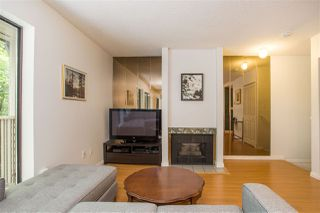 """Photo 6: 3182 MOUNTAIN Highway in North Vancouver: Lynn Valley Townhouse for sale in """"LYNN VALLEY TERRACE"""" : MLS®# R2387985"""