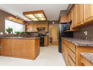 Photo 10: 6272 186A Street in Surrey: Cloverdale BC House for sale (Cloverdale)  : MLS®# R2405583