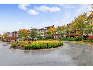 """Main Photo: 203 16421 64 Avenue in Surrey: Cloverdale BC Condo for sale in """"St. Andrews"""" (Cloverdale)  : MLS®# R2414791"""