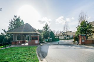 "Photo 2: 36 15450 ROSEMARY HEIGHTS Crescent in Surrey: Morgan Creek Townhouse for sale in ""CARRINGTON"" (South Surrey White Rock)  : MLS®# R2435526"