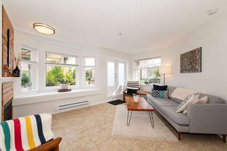 """Photo 2: 101 2006 W 2ND Avenue in Vancouver: Kitsilano Condo for sale in """"MAPLE PARK WEST"""" (Vancouver West)  : MLS®# R2448573"""