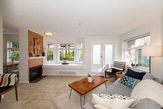 """Photo 3: 101 2006 W 2ND Avenue in Vancouver: Kitsilano Condo for sale in """"MAPLE PARK WEST"""" (Vancouver West)  : MLS®# R2448573"""