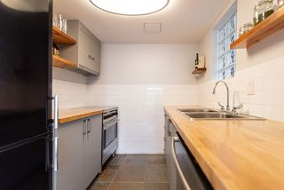 """Photo 12: 101 2006 W 2ND Avenue in Vancouver: Kitsilano Condo for sale in """"MAPLE PARK WEST"""" (Vancouver West)  : MLS®# R2448573"""