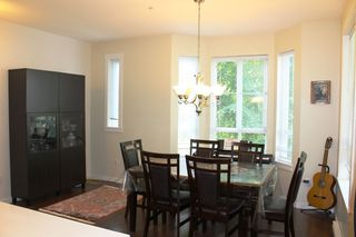 "Photo 8: 110 2418 AVON Place in Port Coquitlam: Riverwood Townhouse for sale in ""LINKS"" : MLS®# R2472554"