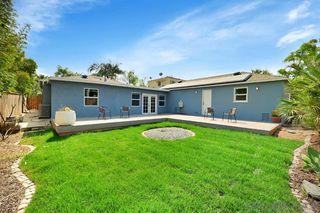 Photo 10: LA MESA House for sale : 4 bedrooms : 4868 Benton Way
