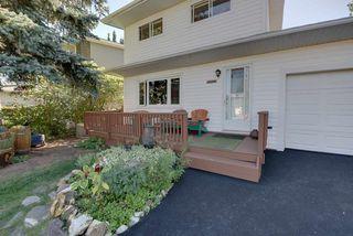 Photo 3: 10811 52 Avenue in Edmonton: Zone 15 House for sale : MLS®# E4214337