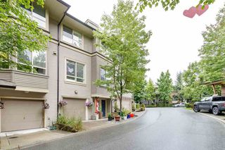 Photo 4: 45 100 KLAHANIE DRIVE in Port Moody: Port Moody Centre Townhouse for sale : MLS®# R2472621