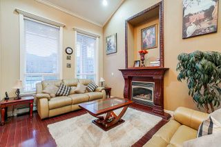 Photo 5: 9563 127 Street in Surrey: Queen Mary Park Surrey House for sale : MLS®# R2528481