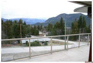 Photo 2: 2536 Centennial Drive: Blind Bay House for sale (Shuswap Lake)  : MLS®# 10043467