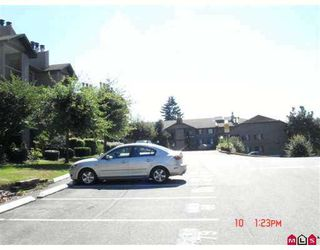 "Photo 5: 2214 13819 100TH Avenue in Surrey: Whalley Condo for sale in ""CARRIAGE LANE"" (North Surrey)  : MLS®# F2723880"