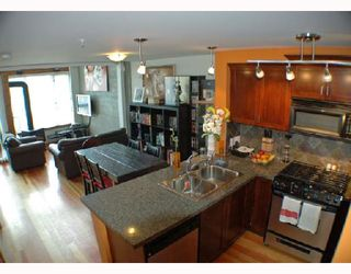 "Photo 2: 104 7 RIALTO Court in New_Westminster: Quay Condo for sale in ""MURANO LOFTS"" (New Westminster)  : MLS®# V710594"