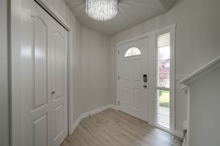 Photo 3: 8466 SLOANE Crescent in Edmonton: Zone 14 House for sale : MLS®# E4172575
