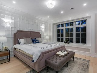 """Photo 11: 4016 W 32ND Avenue in Vancouver: Dunbar House for sale in """"DUNBAR"""" (Vancouver West)  : MLS®# R2425191"""