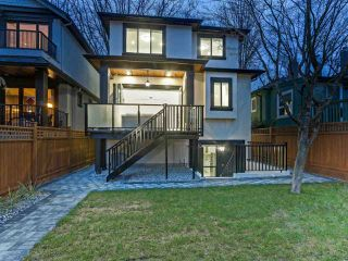 """Photo 18: 4016 W 32ND Avenue in Vancouver: Dunbar House for sale in """"DUNBAR"""" (Vancouver West)  : MLS®# R2425191"""
