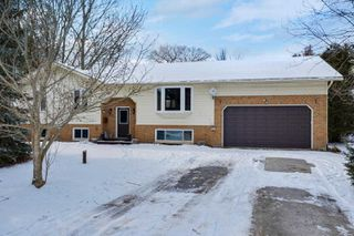 Main Photo: 579 Catering Road in Georgina: Baldwin House (Bungalow-Raised) for sale : MLS®# N4662954