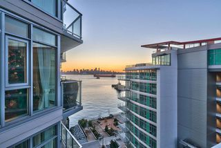 """Photo 13: 805 199 VICTORY SHIP Way in North Vancouver: Lower Lonsdale Condo for sale in """"TROPHY AT THE PIER"""" : MLS®# R2436522"""