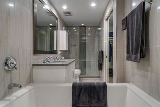 """Photo 12: 805 199 VICTORY SHIP Way in North Vancouver: Lower Lonsdale Condo for sale in """"TROPHY AT THE PIER"""" : MLS®# R2436522"""
